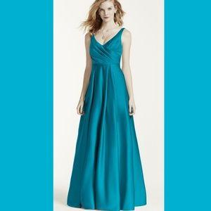 David's bridal Oasis bridesmaids dress 8 Long teal